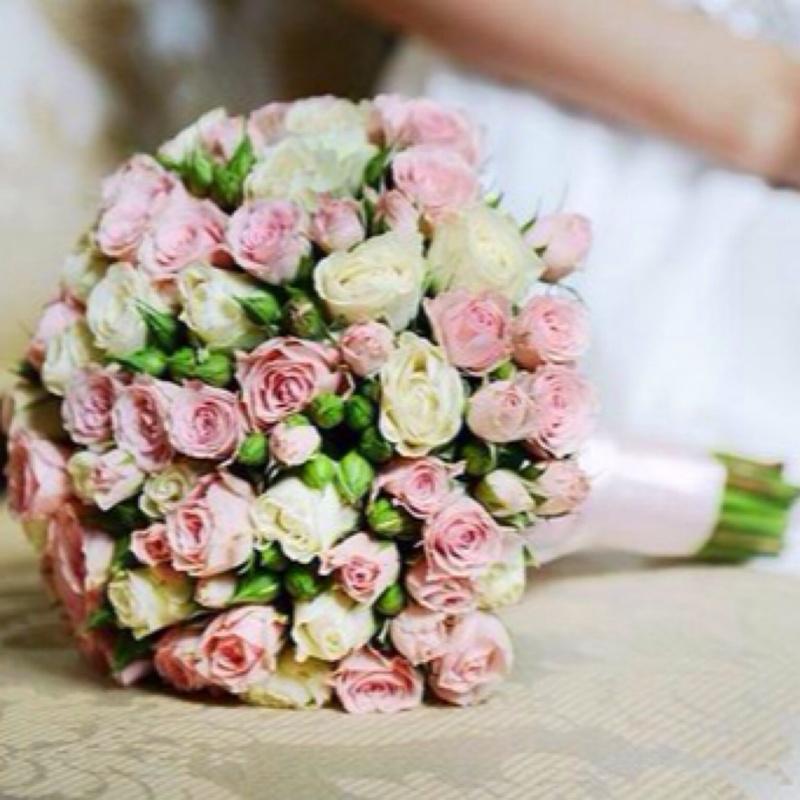 Свадебные букеты с кустовой розой, гладиолусов цветы купить